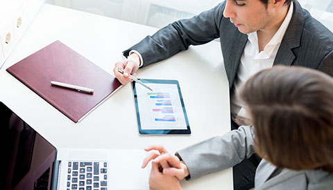 4 Ways to Expand Existing Business Using CRM Software