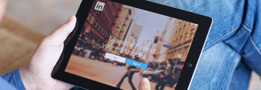 6 Reasons to Use LinkedIn That Aren't Job Searching