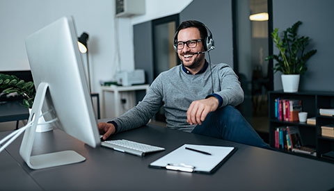 5 Tips for Improving Customer Service (Even While Working Remotely)